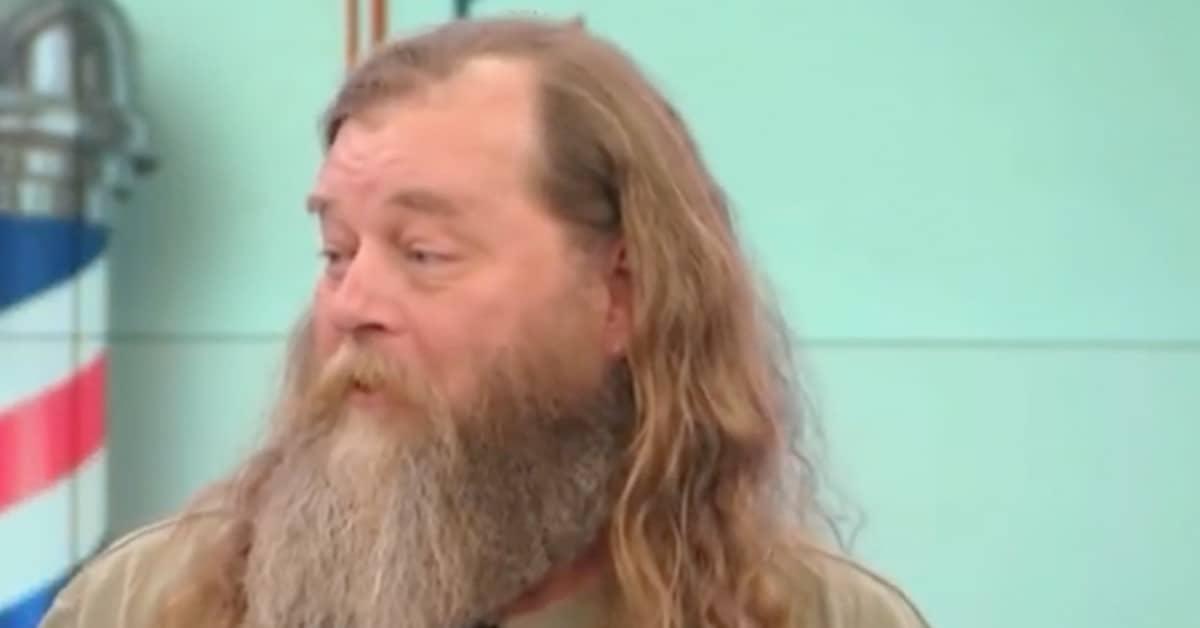 Десятилетиями -ходил-бородатым